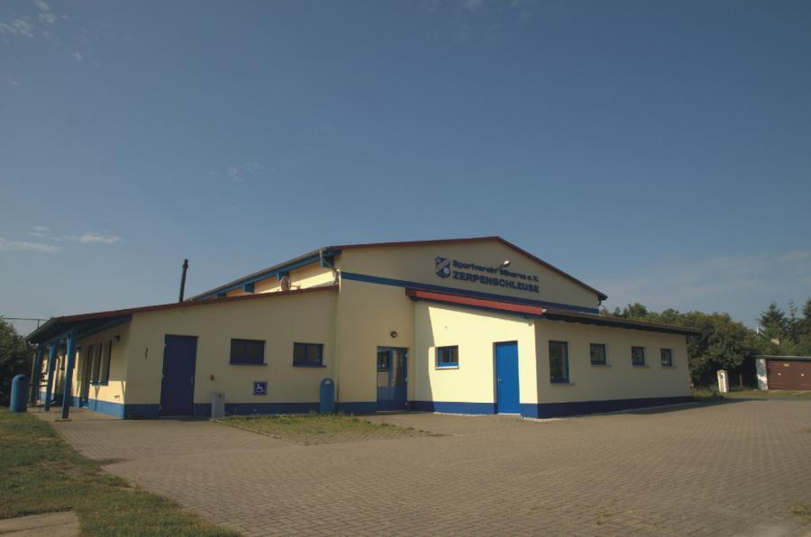 Zerpenschleuse Sport- und Mehrzweckhalle, Foto: Urrutia