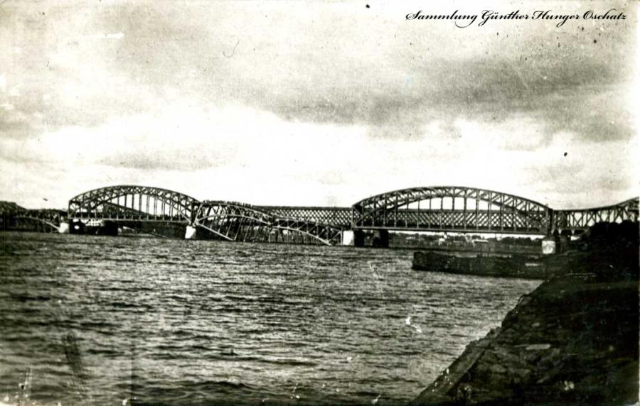 Zerstörte Brücke Riga
