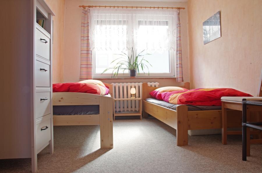 Ferienwohnung Ferchesar Schlafzimmer mit 2 Einzelbetten