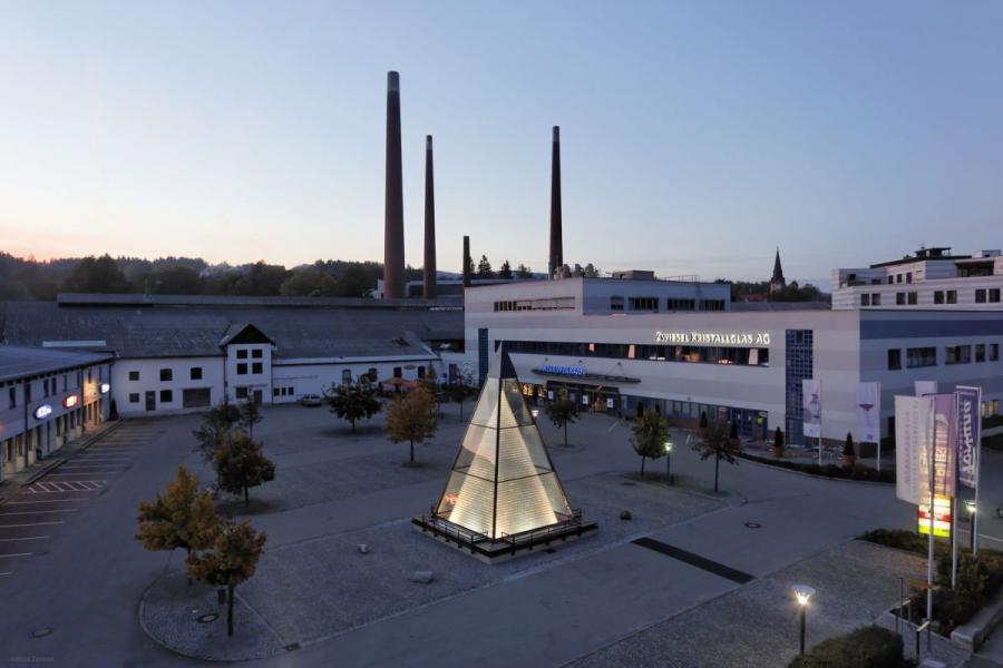 Zwiesel Kristallglas AG & Glaspyramide
