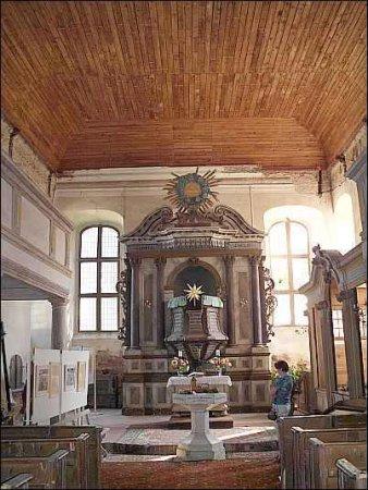Innenansicht Altar.jpg
