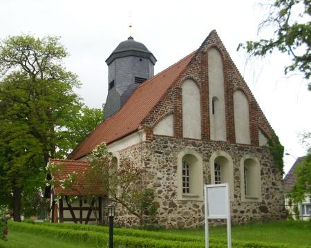 Kirche Friedersdorf 2.JPG