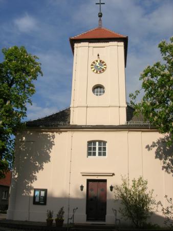 Kirche Haupteingang.jpg