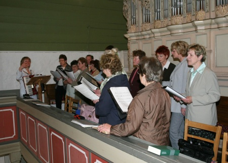 Kirchenchor in Buchhain.jpg