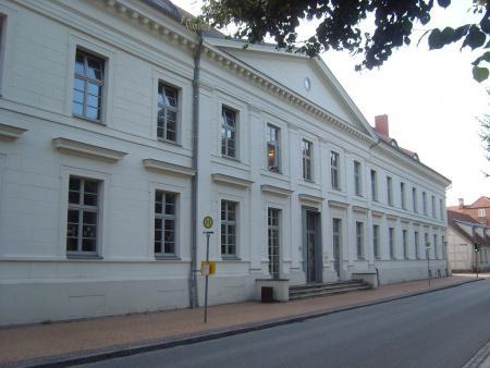 Schule in der Kanalstraße