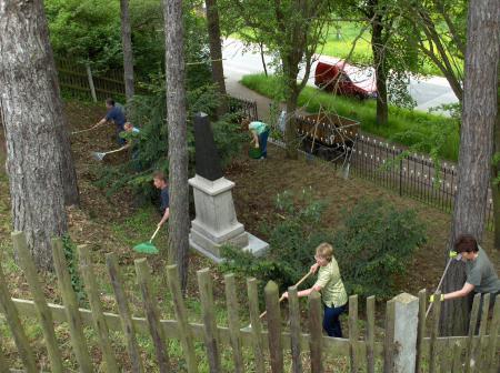 Pflege Kriegerdenkmal