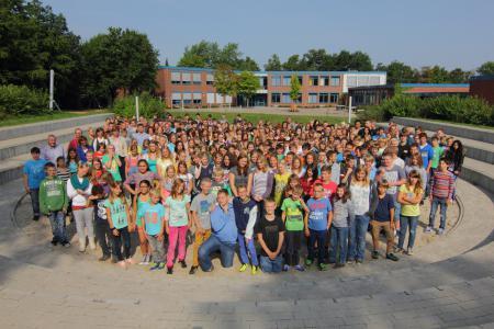 Megashot Schüler und Lehrkräfte