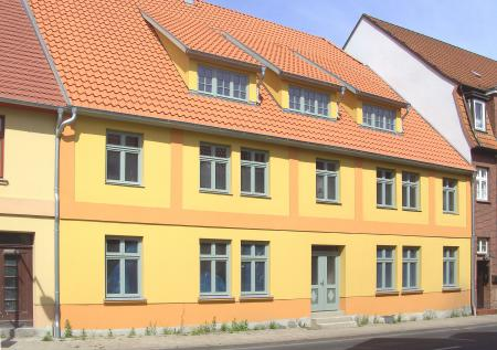 Haus Wilhelm-Pieck-Straße 13 (Foto 2011)