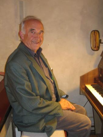 Organist Holzhausen und Lindenhof Martin Bäumner.JPG