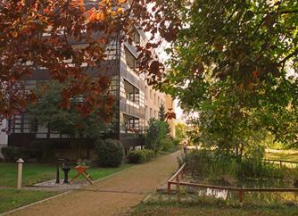 Park am Seniorenheim.jpg