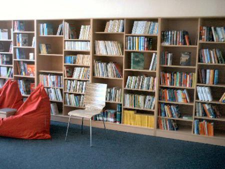 Bibliothek_neu