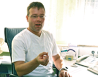 Dr. med. Matthias Starrach