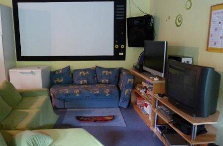 Playstation 2+3 und Leinwand für Kino