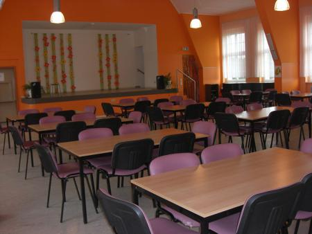 Schule_Aula.jpg