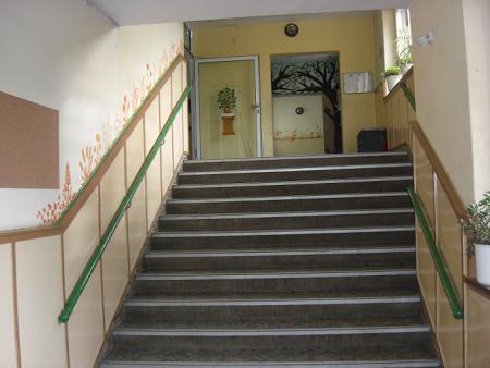 Schule_Eingang.jpg