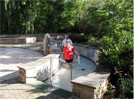 Schwefelwasser-Tretbecken