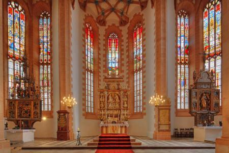 St.Annenkirche, Blick zum Altar