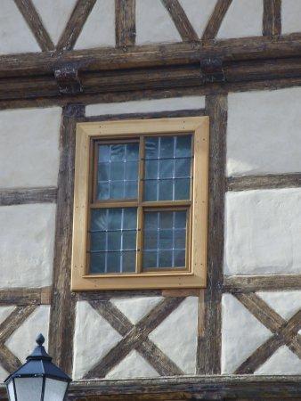 Schiebefenster im Schiefen Haus