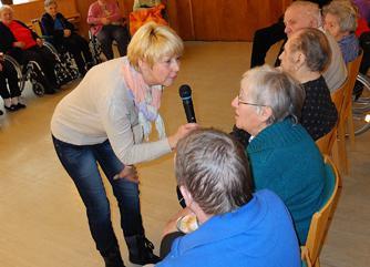 Veranstaltung im Seniorenheim1.jpg
