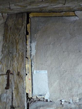 Wandbemalung im Dachboden Schloss Eisfeld. ehemalige Dienstbotenräume.2 Foto Heiko Haine 17.01.2014.jpg