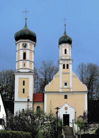 Oberg. Kirche St. Peter und Paul