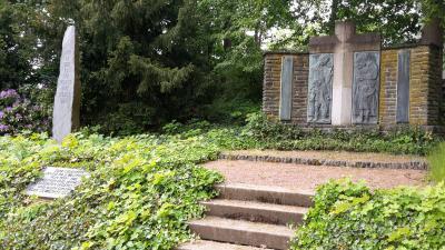 Ehrendenkmal in Niederwürschnitz