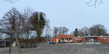 Schulhof Kiebitzreihe