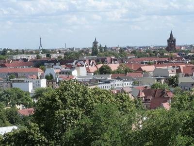 Halle, Quelle: Wikimedia