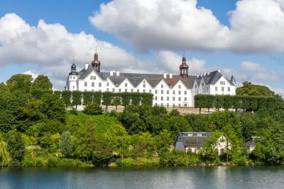 Plöner Schloss: Wahrzeichen von Plön