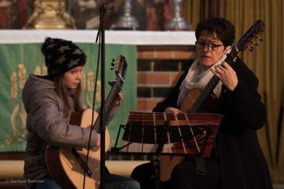 Die Kreismusikschule gestaltet seit Anbeginn den Adventsmarkt mit. Foto: Gerlind Bensler