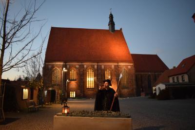 Nachtwächter vorm Mönchenkloster @Marlen Seidel