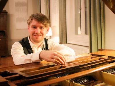 Pianist Ronny Kaufhold Foto: Ingrid Hoberg