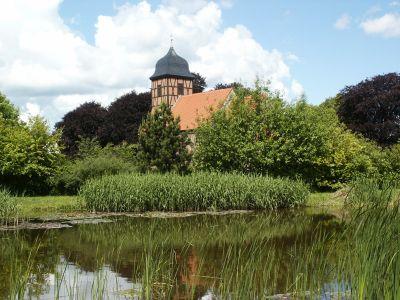 Grabow See Blick Richtung Kirche