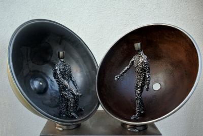 Skulptur von Will Arlt: Meine Welt ist offen