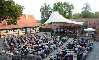 Benefizkonzert auf dem Burghof, Foto: J. Jürgens